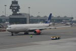 LEGACY-747さんが、香港国際空港で撮影したスカンジナビア航空 A330-343Xの航空フォト(写真)