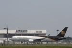 Tango Alphaさんが、成田国際空港で撮影したUPS航空 767-34AF/ERの航空フォト(写真)