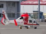 ここはどこ?さんが、札幌飛行場で撮影した朝日航洋 AS365N3 Dauphin 2の航空フォト(写真)