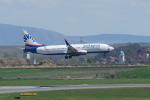 pringlesさんが、ウィーン国際空港で撮影したサンエクスプレス 737-8HCの航空フォト(写真)