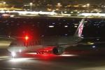 とらとらさんが、羽田空港で撮影したカタール航空 A350-941XWBの航空フォト(写真)