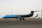 スポット110さんが、羽田空港で撮影したNIKE INC G-V-SP Gulfstream G550の航空フォト(写真)