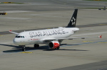pringlesさんが、ウィーン国際空港で撮影したオーストリア航空 A320-214の航空フォト(写真)