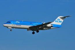 islandsさんが、アムステルダム・スキポール国際空港で撮影したKLMシティホッパー 70の航空フォト(写真)