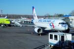 yabyanさんが、ドモジェドヴォ空港で撮影したウラル航空 A319-112の航空フォト(飛行機 写真・画像)