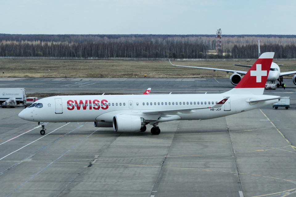 yabyanさんのスイスインターナショナルエアラインズ Bombardier CS300 (HB-JCF) 航空フォト