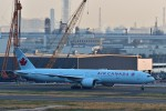 T.Sazenさんが、羽田空港で撮影したエア・カナダ 777-333/ERの航空フォト(写真)