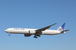 OS52さんが、成田国際空港で撮影したユナイテッド航空 777-322/ERの航空フォト(写真)
