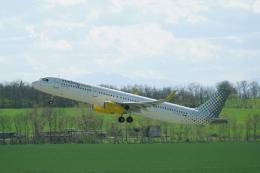 pringlesさんが、ウィーン国際空港で撮影したブエリング航空 A321-231の航空フォト(飛行機 写真・画像)