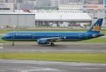 キイロイトリさんが、福岡空港で撮影したベトナム航空 A321-231の航空フォト(写真)