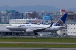 KAZKAZさんが、福岡空港で撮影したユナイテッド航空 737-724の航空フォト(写真)