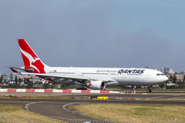 Y-Kenzoさんが、シドニー国際空港で撮影したカンタス航空 A330-202の航空フォト(飛行機 写真・画像)