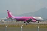 LEGACY-747さんが、香港国際空港で撮影したピーチ A320-214の航空フォト(写真)