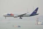 LEGACY-747さんが、香港国際空港で撮影したフェデックス・エクスプレス 777-FS2の航空フォト(写真)