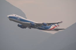 LEGACY-747さんが、香港国際空港で撮影したカーゴロジックエア 747-446F/SCDの航空フォト(写真)