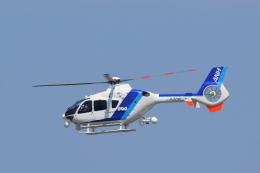 フォークリフト操縦士さんが、新潟空港で撮影したオールニッポンヘリコプター EC135T2の航空フォト(飛行機 写真・画像)