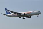 M.Ochiaiさんが、宮崎空港で撮影した全日空 767-381/ERの航空フォト(写真)