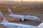 zero1さんが、羽田空港で撮影した日本航空 767-346/ERの航空フォト(写真)