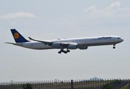 tsubasa0624さんが、羽田空港で撮影したルフトハンザドイツ航空 A340-642Xの航空フォト(飛行機 写真・画像)