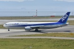 Izumixさんが、関西国際空港で撮影した全日空 767-381/ERの航空フォト(写真)