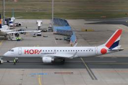 ぽっぽさんが、フランクフルト国際空港で撮影したエールフランス・オップ! ERJ-190-100(ERJ-190STD)の航空フォト(飛行機 写真・画像)