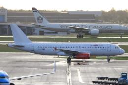 ぽっぽさんが、マルタ国際空港で撮影したエア・マルタ A320-232の航空フォト(飛行機 写真・画像)