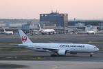 ATOMさんが、羽田空港で撮影した日本航空 777-246/ERの航空フォト(飛行機 写真・画像)