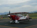 うすさんが、但馬飛行場で撮影したエアロック・エアロバティックチーム S-2B Specialの航空フォト(写真)