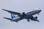 TRAVAIRさんが、羽田空港で撮影した全日空 767-381/ERの航空フォト(写真)