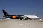 成田国際空港 - Narita International Airport [NRT/RJAA]で撮影されたタイタン エアウェイズ - Titan Airways [ZT/AWC]の航空機写真