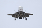 AkiChup0nさんが、岩国空港で撮影したアメリカ海兵隊 F-35B Lightning IIの航空フォト(写真)