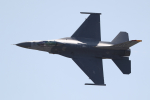 AkiChup0nさんが、岩国空港で撮影したアメリカ空軍 F-16CM-50-CF Fighting Falconの航空フォト(写真)
