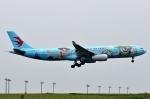 SKY TEAM B-6053さんが、羽田空港で撮影した中国東方航空 A330-343Xの航空フォト(写真)