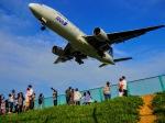 @Yuuさんが、伊丹空港で撮影した全日空 777-281の航空フォト(写真)