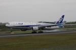 RAOUさんが、伊丹空港で撮影した全日空 777-281/ERの航空フォト(写真)