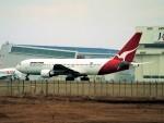 エルさんが、成田国際空港で撮影したカンタス航空 767-238/ERの航空フォト(写真)