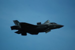 FRTさんが、岩国空港で撮影したアメリカ海兵隊 F-35B Lightning IIの航空フォト(飛行機 写真・画像)