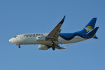 小弦さんが、バンクーバー国際空港で撮影したカナディアン・ノース 737-36Qの航空フォト(写真)