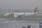 resocha747さんが、アムステルダム・スキポール国際空港で撮影したTAPポルトガル航空 A320-214の航空フォト(写真)