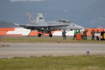 チャッピー・シミズさんが、岩国空港で撮影したアメリカ海兵隊 F/A-18F Super Hornetの航空フォト(写真)