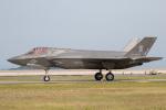 チャッピー・シミズさんが、岩国空港で撮影したアメリカ海兵隊 F-35B Lightning IIの航空フォト(写真)