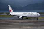 kumagorouさんが、長崎空港で撮影した日本航空 767-346の航空フォト(写真)