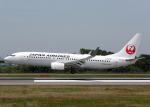 Bokuranさんが、高松空港で撮影した日本航空 737-846の航空フォト(写真)