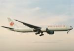 05RKさんが、成田国際空港で撮影したエア・カナダ 777-333/ERの航空フォト(飛行機 写真・画像)