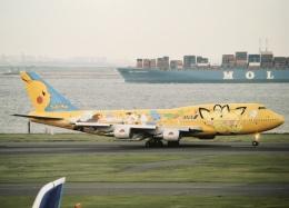 05RKさんが、羽田空港で撮影した全日空 747-481(D)の航空フォト(写真)