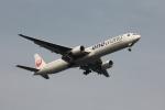 空の旅人さんが、羽田空港で撮影した日本航空 777-346の航空フォト(写真)