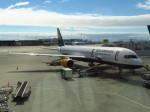 た~きゅんさんが、バンクーバー国際空港で撮影したアイスランド航空 757-223の航空フォト(写真)