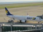 からすさんが、神戸空港で撮影したスカイマーク 737-81Dの航空フォト(写真)