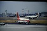 鯉ッチさんが、中部国際空港で撮影した香港ドラゴン航空 737-2S3/Advの航空フォト(写真)