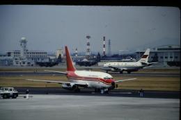 鯉ッチさんが、中部国際空港で撮影した香港ドラゴン航空 737-2S3/Advの航空フォト(飛行機 写真・画像)